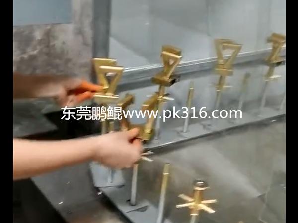 广东莞数字蜡烛自动喷漆机