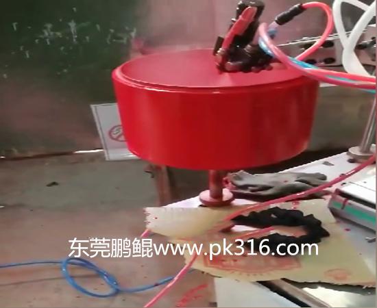 塑料桶自动喷漆机