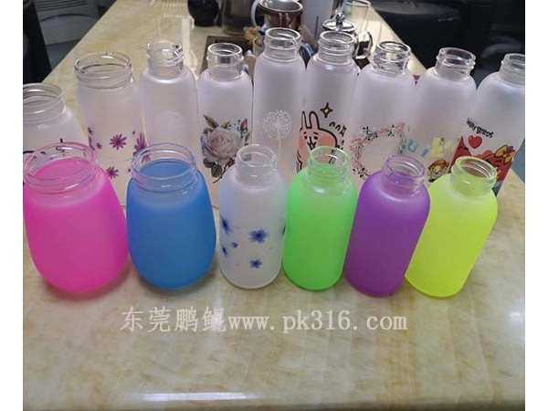 山东郓城自动玻璃瓶喷涂设备,可喷硅胶油漆!