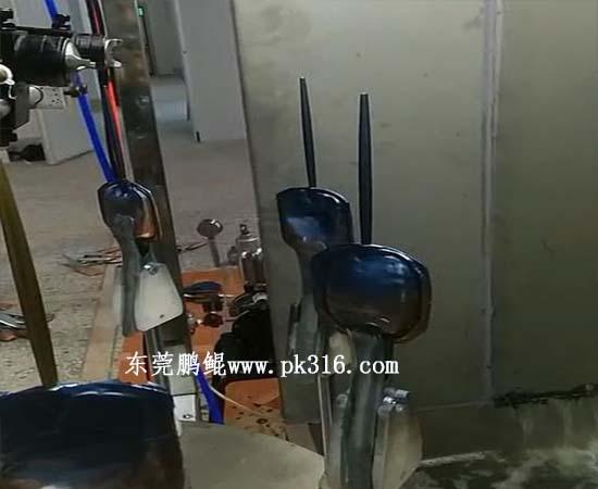 餐具刀具厨具自动喷油设备2