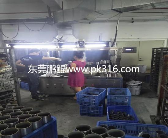 铁圈自动喷漆机器 (2)
