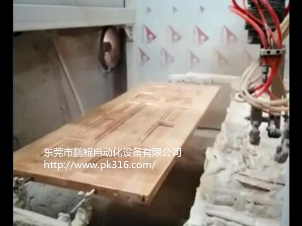 佛山木门自动喷漆机器喷涂有哪些优点