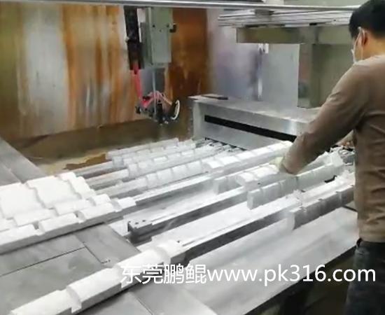 木制品自动喷涂设备