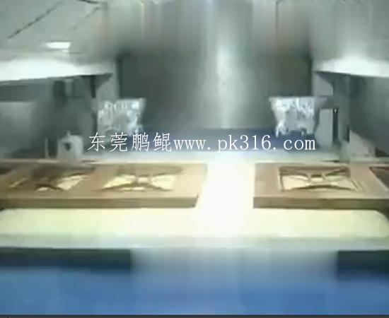 木门自动喷漆机