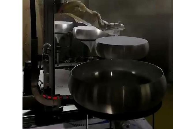 机器人喷涂漆膜厚度控制