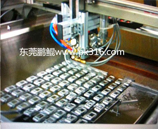 硅胶按键自动喷漆机 (3)