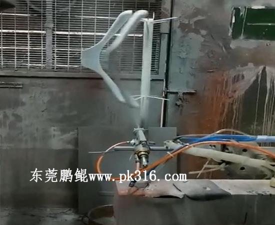 广东莞塑料衣架自动喷涂机设备 (2)
