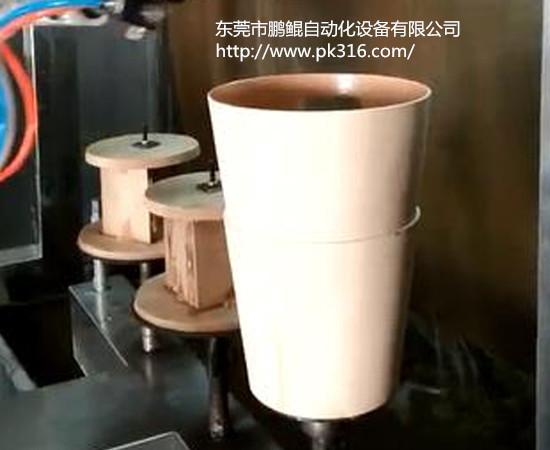 塑料垃圾桶自动喷漆机..