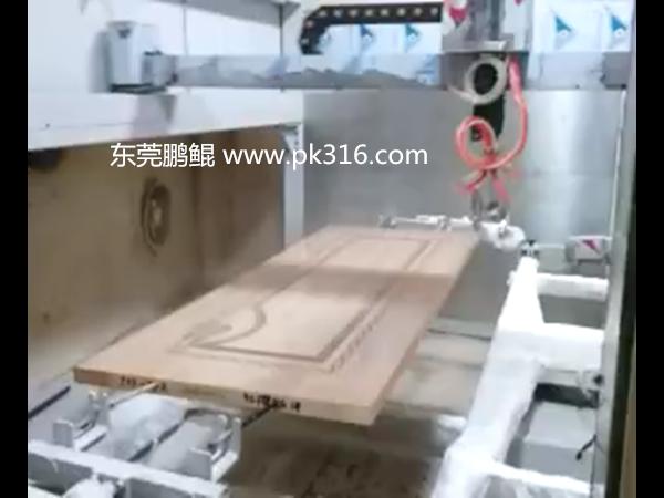木门自动喷涂设备
