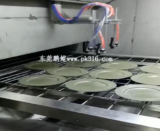 快餐盒快餐碗自动喷涂设备3