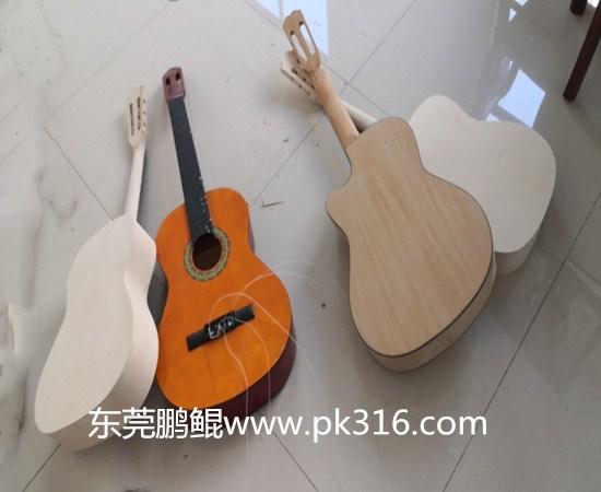木吉他自动喷涂机.